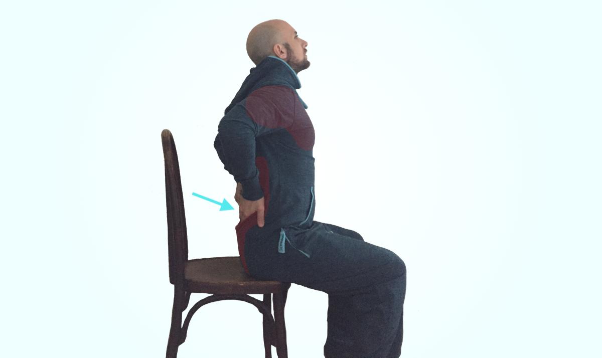 Etirement bas du dos assis